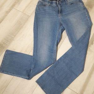 Levis Perfect Waist 525 Jeans